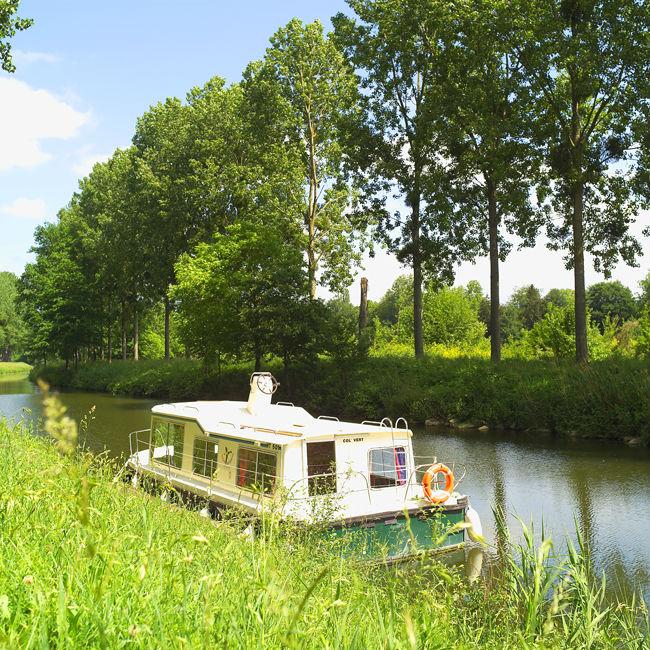 Eau Claire 930 DP - Location bateau sans permis