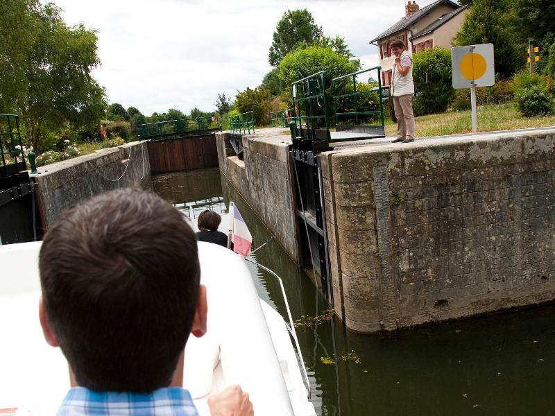 Tourisme fluvial a Sable - Vallee de la Sarthe