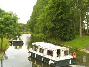 Bateau Eau Claire 930 - Anjou Navigation Sarthe, et Mayenne