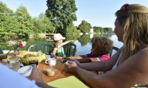 Week end autour de Paris : petit déjeuner le long de la rivière
